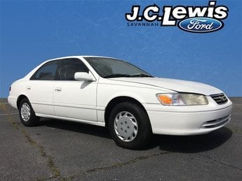 2000 Super White Toyota Camry CE 4 Door Sedan Automatic FWD
