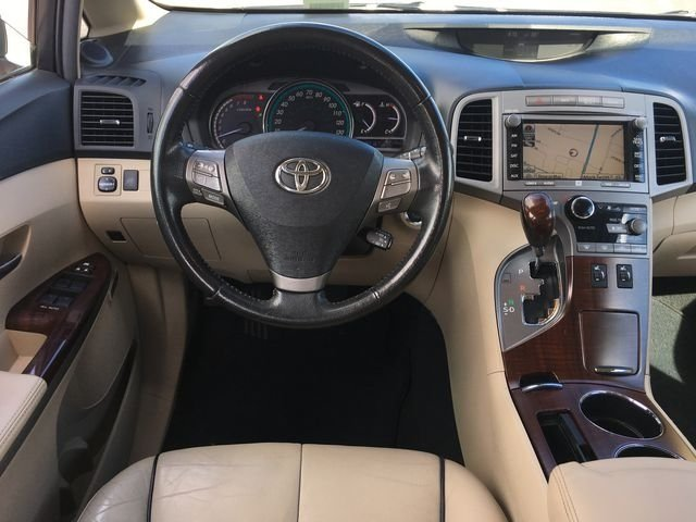 2011 Golden Umber Mica Toyota Venza Base 4 Door 3.5L V6 SMPI DOHC Engine SUV Automatic