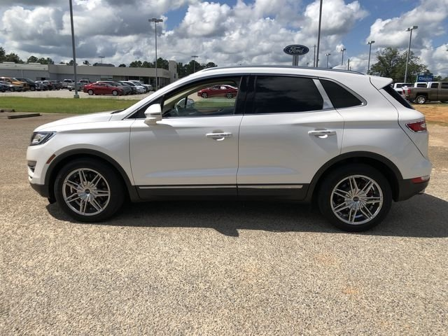 2015 White Platinum Metallic Tri-Coat Lincoln MKC Reserve 4 Door EcoBoost 2.0L I4 GTDi DOHC Turbocharged VCT Engine FWD Automatic SUV