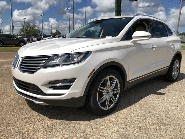 2015 White Platinum Metallic Tri-Coat Lincoln MKC Reserve EcoBoost 2.0L I4 GTDi DOHC Turbocharged VCT Engine Automatic SUV FWD 4 Door