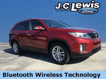 2014 Remington Red Metallic Kia Sorento LX SUV Automatic FWD 2.4L I4 DGI DOHC Dual CVVT Engine
