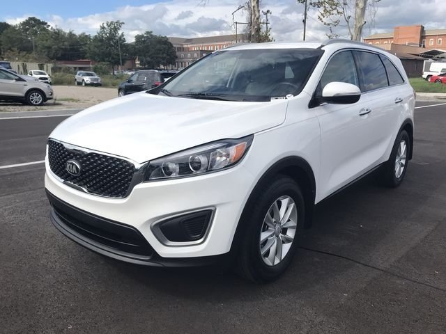 2016 Kia Sorento LX Automatic 2.4L DOHC Engine FWD 4 Door