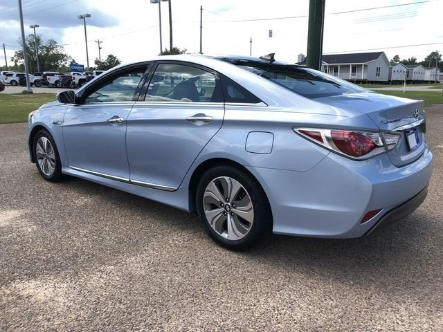 2015 Hyundai Sonata Hybrid Limited Sedan 2.4L 4-Cylinder Atkinson-Cycle Hybrid Engine 4 Door