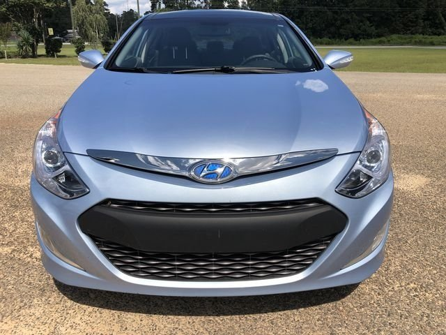 2015 Blue Sky Metallic Hyundai Sonata Hybrid Limited 4 Door 2.4L 4-Cylinder Atkinson-Cycle Hybrid Engine Automatic Sedan FWD