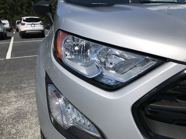 2018 Moondust Silver Metallic Ford EcoSport S 4 Door FWD EcoBoost 1.0L I3 GTDi DOHC Turbocharged VCT Engine SUV Automatic