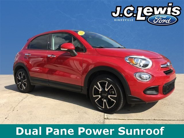 2016 Rosso Passione (Red Hypnotique Clear Coat) FIAT 500X Easy 2.4L I4 MultiAir Engine 4 Door SUV Automatic