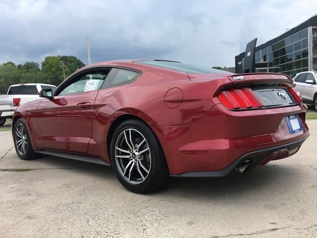 2017 Ford Mustang EcoBoost Automatic Coupe 2 Door EcoBoost 2.3L I4 GTDi DOHC Turbocharged VCT Engine
