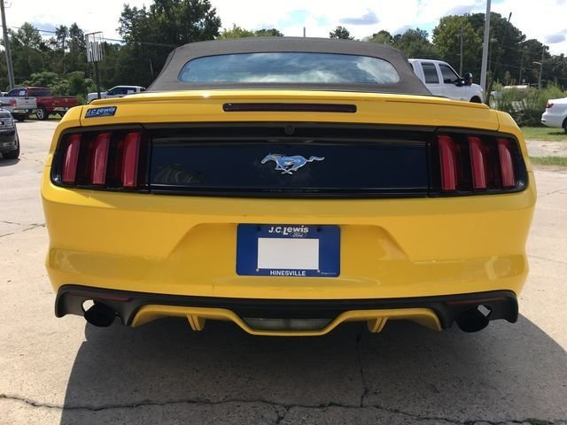 2017 Ford Mustang EcoBoost Premium 2 Door Automatic RWD EcoBoost 2.3L I4 GTDi DOHC Turbocharged VCT Engine