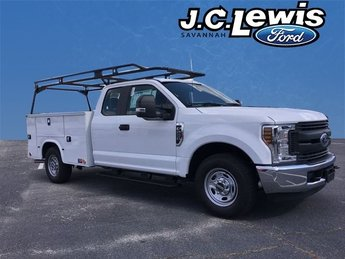 2019 Oxford White Ford Super Duty F-250 SRW 6.2L V8 EFI SOHC 16V Flex Fuel Engine 4 Door Truck Automatic RWD