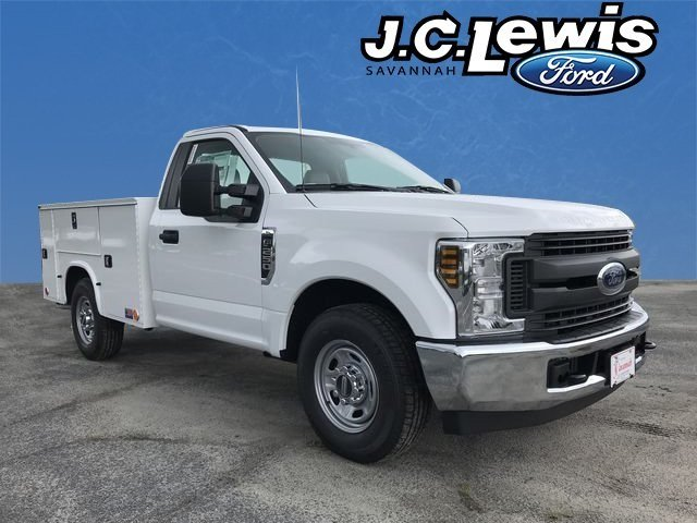 2018 Oxford White Ford Super Duty F-250 SRW XL RWD V8 Engine 2 Door Automatic