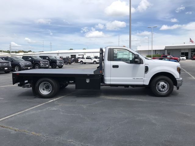 2018 Ford Super Duty F-350 DRW 6.7L V8 Engine 2 Door Truck Automatic RWD