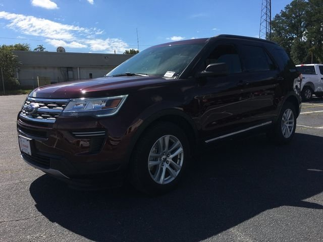 2018 Burgundy Velvet Metallic Tinted Clearcoat Ford Explorer XLT FWD 4 Door SUV 3.5L V6 Ti-VCT Engine