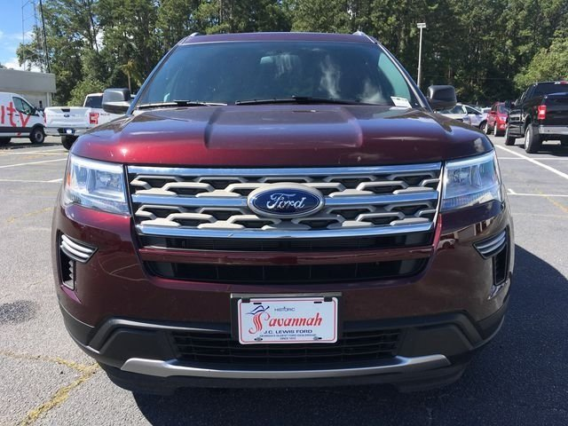 2018 Burgundy Velvet Metallic Tinted Clearcoat Ford Explorer XLT 3.5L V6 Ti-VCT Engine Automatic FWD 4 Door