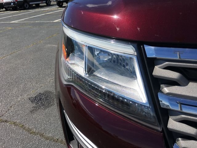 2018 Burgundy Velvet Metallic Tinted Clearcoat Ford Explorer XLT 3.5L V6 Ti-VCT Engine FWD SUV