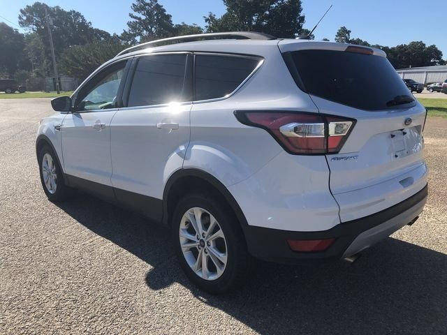 2018 Oxford White Ford Escape SE 4 Door EcoBoost 1.5L I4 GTDi DOHC Turbocharged VCT Engine Automatic SUV