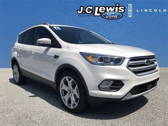2018 White Platinum Metallic Tri-Coat Ford Escape Titanium SUV EcoBoost 2.0L I4 GTDi DOHC Turbocharged VCT Engine FWD