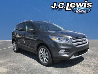 2018 Magnetic Metallic Ford Escape Titanium FWD 4 Door SUV EcoBoost 2.0L I4 GTDi DOHC Turbocharged VCT Engine