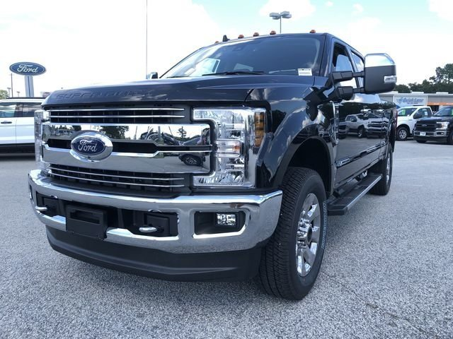 2019 Ford Super Duty F-250 SRW Lariat Truck Power Stroke 6.7L V8 DI 32V OHV Turbodiesel Engine Automatic 4 Door 4X4