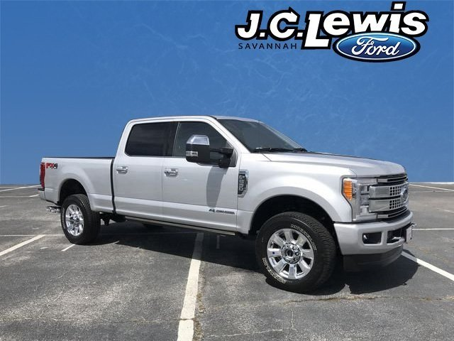 2018 Ingot Silver Metallic Ford Super Duty F-250 SRW Platinum Truck 4 Door Power Stroke 6.7L V8 DI 32V OHV Turbodiesel Engine Automatic 4X4