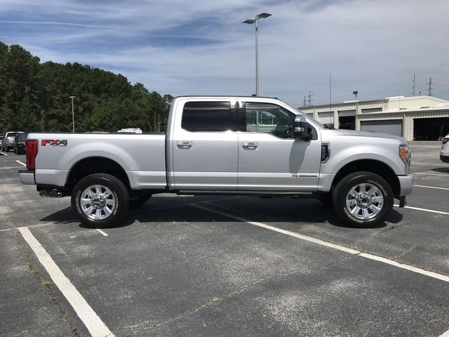 2018 Ford Super Duty F-250 SRW Platinum 4 Door Truck 4X4 Power Stroke 6.7L V8 DI 32V OHV Turbodiesel Engine