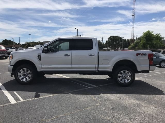 2018 Ingot Silver Metallic Ford Super Duty F-250 SRW Platinum Truck 4X4 Automatic