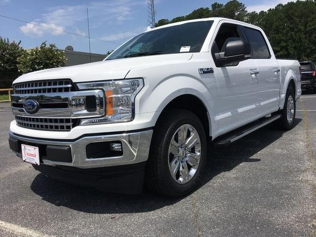 2018 Oxford White Ford F-150 XLT EcoBoost 2.7L V6 GTDi DOHC 24V Twin Turbocharged Engine 4 Door Automatic