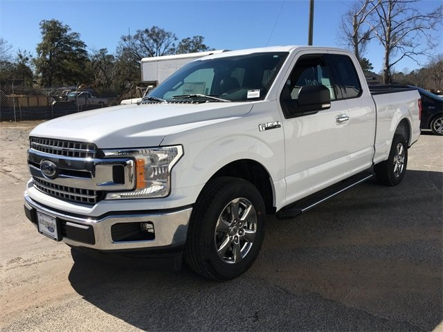 2018 Oxford White Ford F-150 XLT Truck 5.0L V8 Ti-VCT Engine Automatic RWD