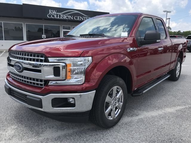 2018 Ruby Red Metallic Tinted Clearcoat Ford F-150 XLT RWD 4 Door Truck