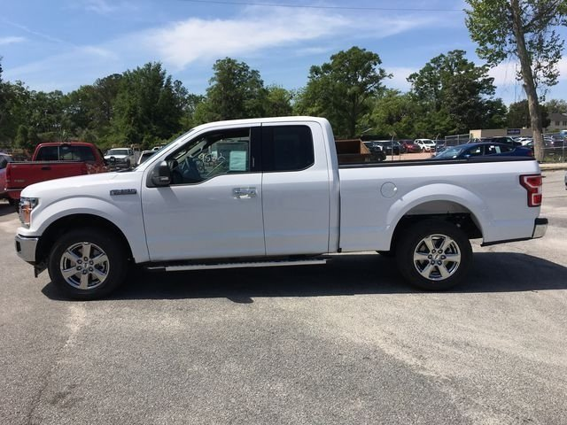 2018 Oxford White Ford F-150 XLT Automatic Truck RWD 5.0L V8 Ti-VCT Engine 4 Door