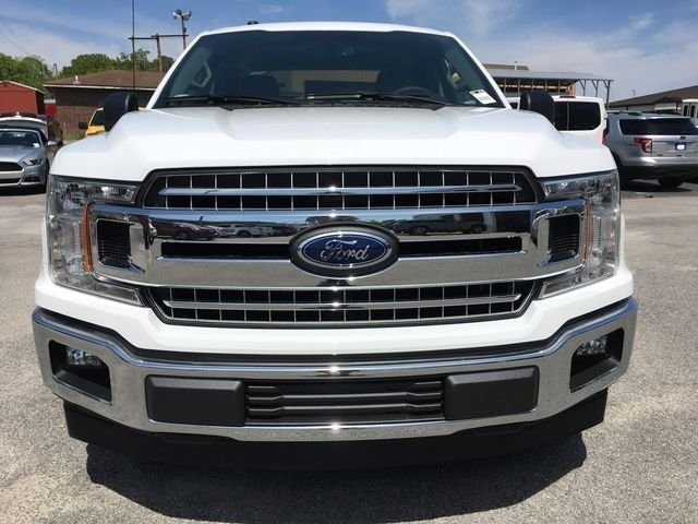 2018 Oxford White Ford F-150 XLT 4 Door Automatic Truck RWD