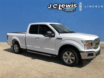 2018 Oxford White Ford F-150 XLT EcoBoost 2.7L V6 GTDi DOHC 24V Twin Turbocharged Engine 4 Door RWD Automatic
