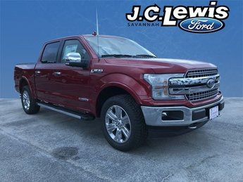 2018 Ruby Red Metallic Tinted Clearcoat Ford F-150 Lariat Automatic 4X4 Truck