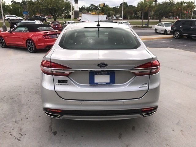 2017 Ford Fusion SE EcoBoost 2.0L I4 GTDi DOHC Turbocharged VCT Engine Automatic FWD