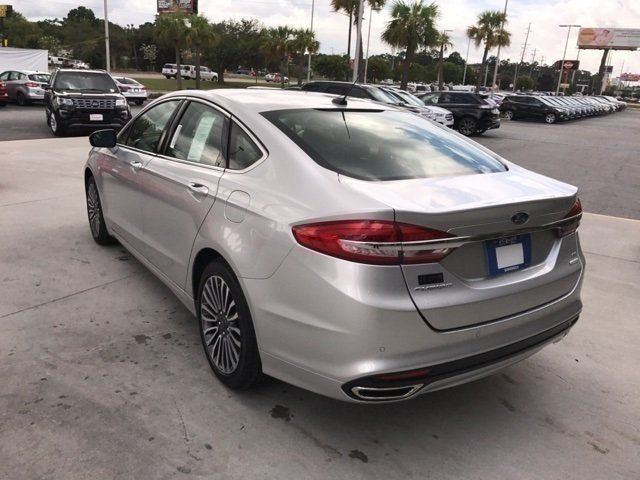 2017 Ford Fusion SE Sedan EcoBoost 2.0L I4 GTDi DOHC Turbocharged VCT Engine FWD 4 Door Automatic