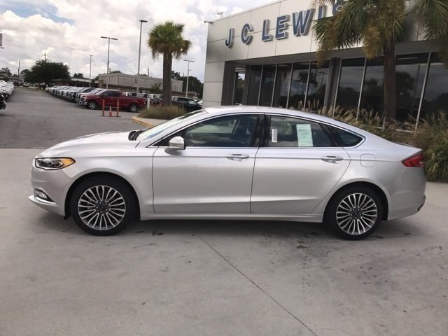 2017 Ingot Silver Ford Fusion SE EcoBoost 2.0L I4 GTDi DOHC Turbocharged VCT Engine Automatic FWD Sedan 4 Door