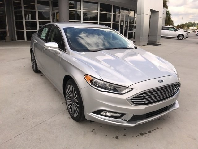 2017 Ford Fusion SE 4 Door FWD Sedan Automatic EcoBoost 2.0L I4 GTDi DOHC Turbocharged VCT Engine
