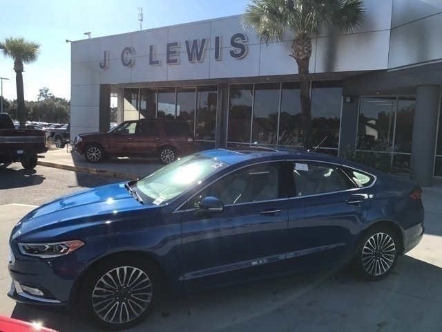 2017 Ford Fusion SE Sedan 4 Door FWD EcoBoost 2.0L I4 GTDi DOHC Turbocharged VCT Engine Automatic