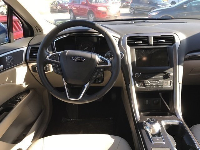 2017 Ford Fusion SE Automatic EcoBoost 2.0L I4 GTDi DOHC Turbocharged VCT Engine Sedan