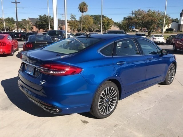 2017 Lightning Blue Ford Fusion SE 4 Door Sedan Automatic