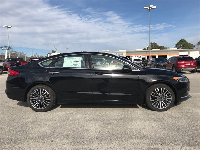 2018 Ford Fusion SE Sedan 4 Door Automatic FWD
