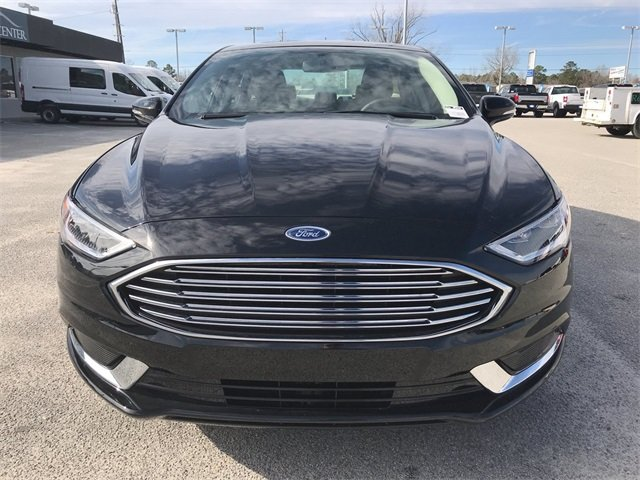 2018 Shadow Black Ford Fusion SE EcoBoost 2.0L I4 GTDi DOHC Turbocharged VCT Engine FWD 4 Door Sedan