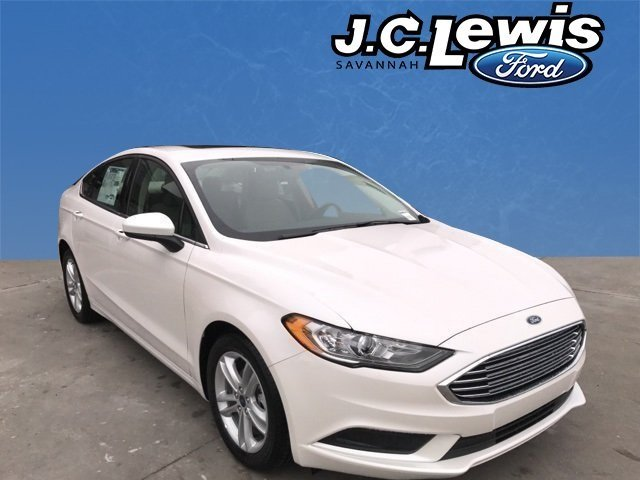 2018 White Platinum Metallic Tri-Coat Ford Fusion SE FWD 4 Door EcoBoost 1.5L I4 GTDi DOHC Turbocharged VCT Engine Sedan Automatic