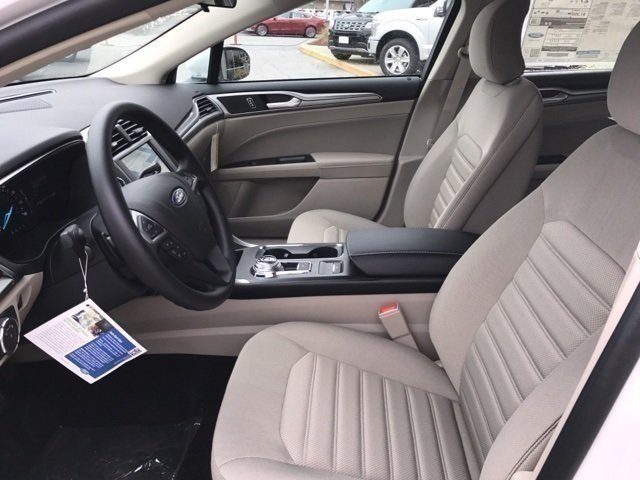 2018 Ford Fusion SE FWD 4 Door Sedan Automatic