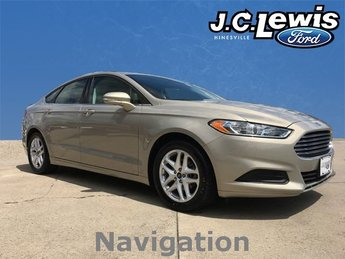 2015 Tan / Beige Ford Fusion SE FWD Sedan Automatic