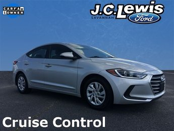 2017 Hyundai Elantra SE FWD Sedan 4 Door 2.0L 4-Cylinder DOHC 16V Engine Automatic
