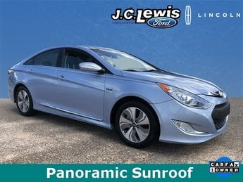 2015 Blue Sky Metallic Hyundai Sonata Hybrid Limited 2.4L 4-Cylinder Atkinson-Cycle Hybrid Engine 4 Door Sedan