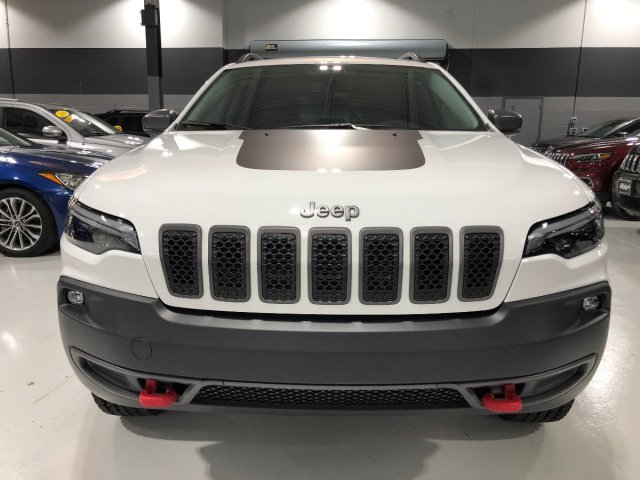 2019 Jeep Cherokee Trailhawk Automatic SUV 4 Door AWD Intercooled Turbo Premium Unleaded I-4 2.0 L/122 Engine