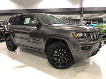 2019 Granite Crystal Metallic Clearcoat Jeep Grand Cherokee Altitude Regular Unleaded V-6 3.6 L/220 Engine SUV 4 Door 4X4 Automatic