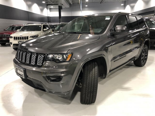 2019 Granite Crystal Metallic Clearcoat Jeep Grand Cherokee Altitude Automatic Regular Unleaded V-6 3.6 L/220 Engine 4X4