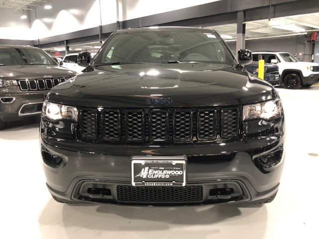 2019 Diamond Black Crystal Pearlcoat Jeep Grand Cherokee Upland Regular Unleaded V-6 3.6 L/220 Engine Automatic 4X4 SUV